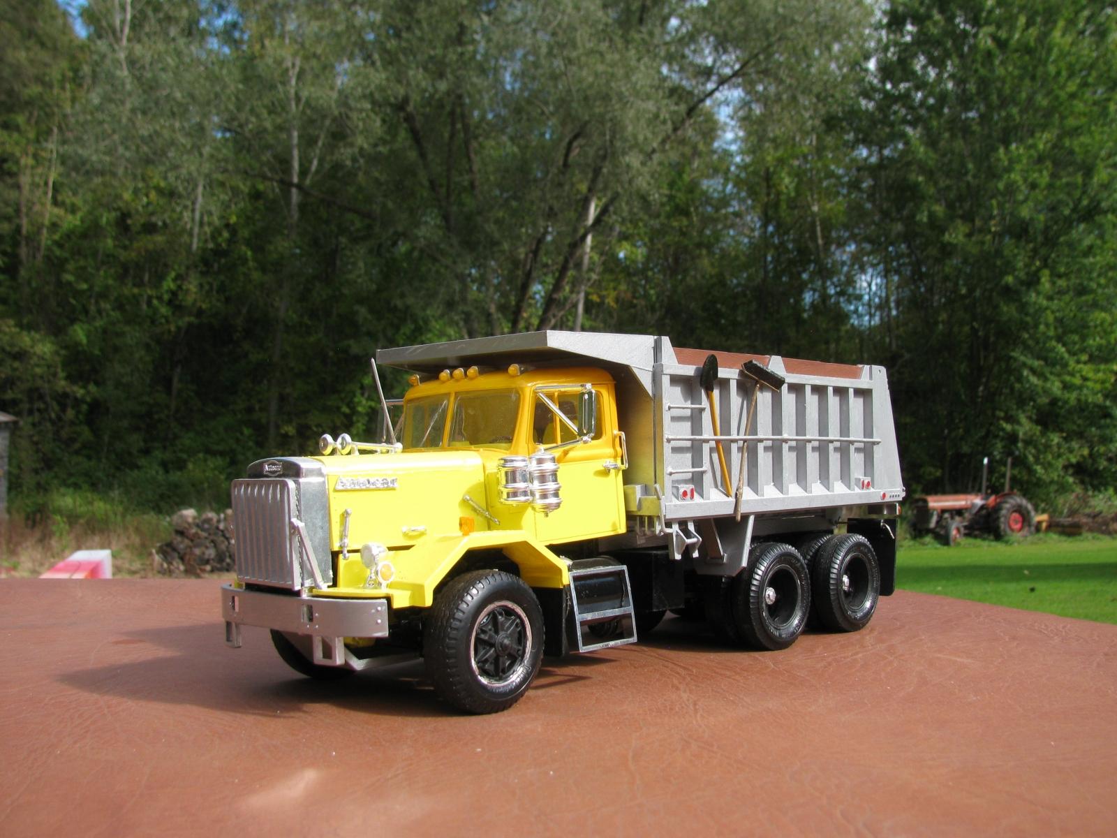 Model Truck Builder Com Autocar Wiring Diagrams Img 7459
