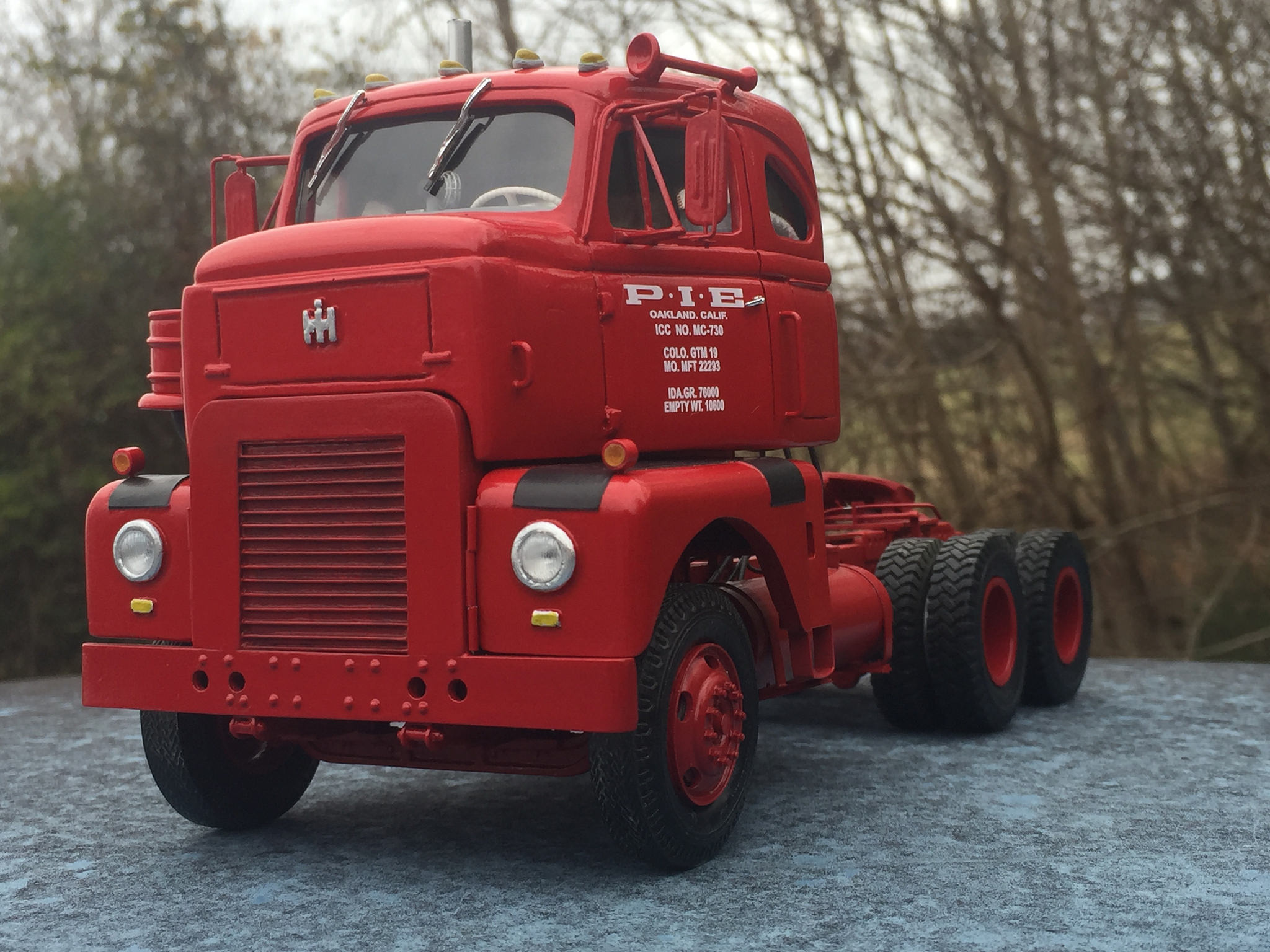 1955 IH RDTC Highbinder